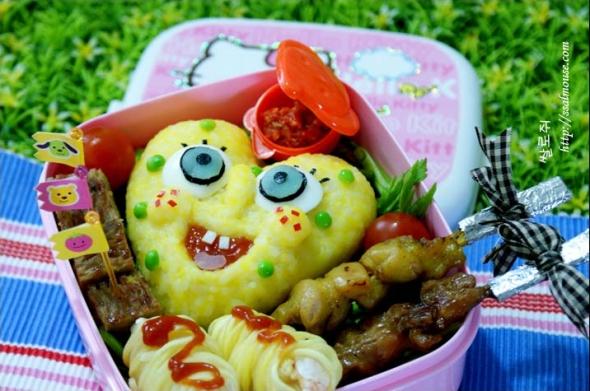 이것들아~! If only Ms Kang's 2 proteges had given her this lunchbox for Teacher's Day... note the ♡~
